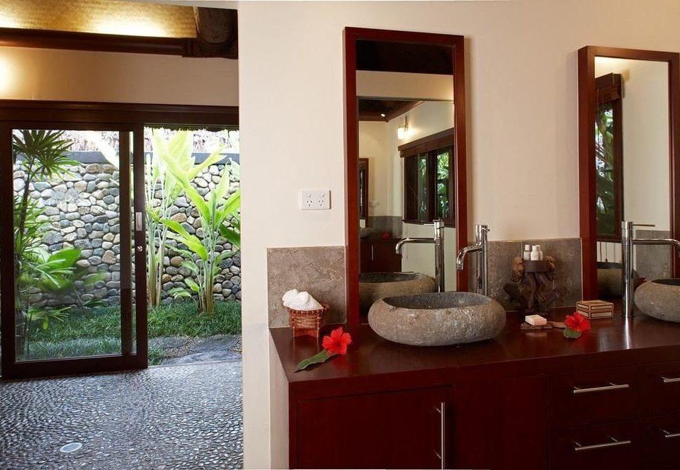 property living room home house Suite cottage condominium Villa mansion