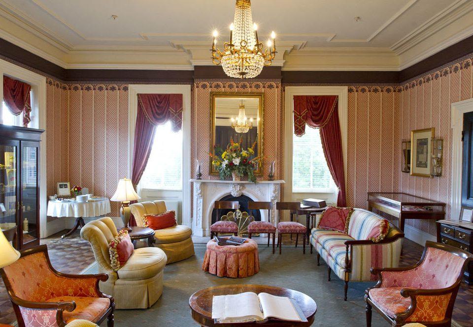living room property home Suite mansion cottage condominium Villa
