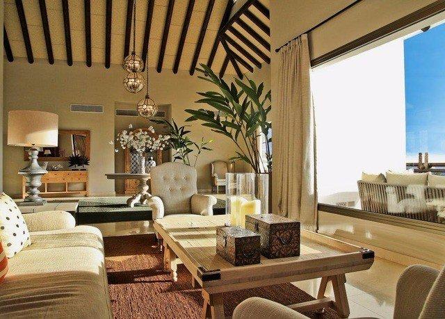 living room property home condominium Villa Suite cottage