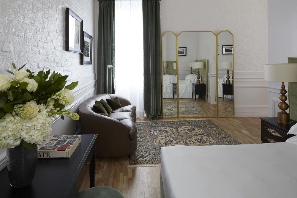 property home house living room cottage Villa condominium Suite loft