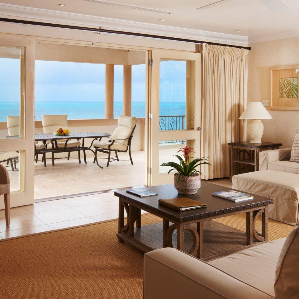 sofa property living room condominium home Suite Villa cottage