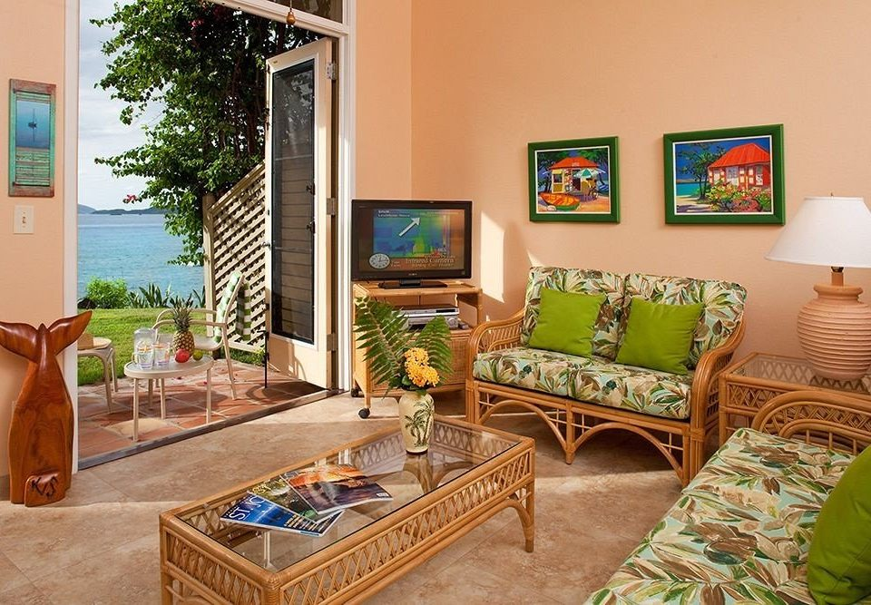 living room property home cottage Villa farmhouse condominium Suite