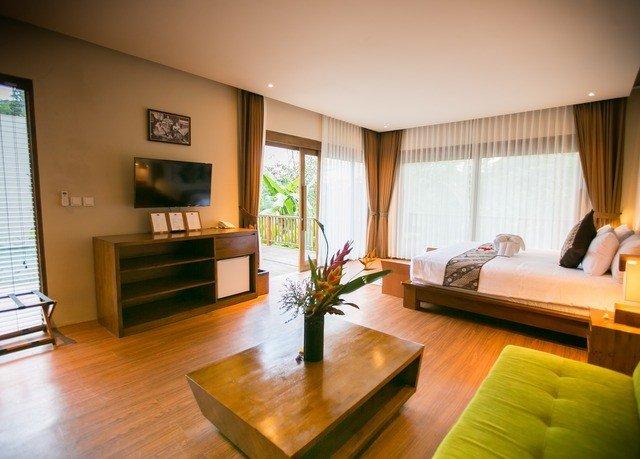 sofa property condominium living room hardwood Suite home flat Villa wood flooring hard