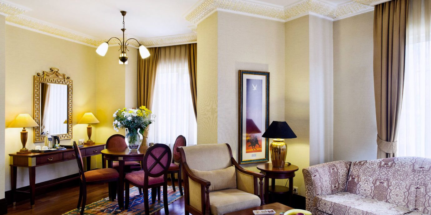 property living room Suite condominium home nice Villa