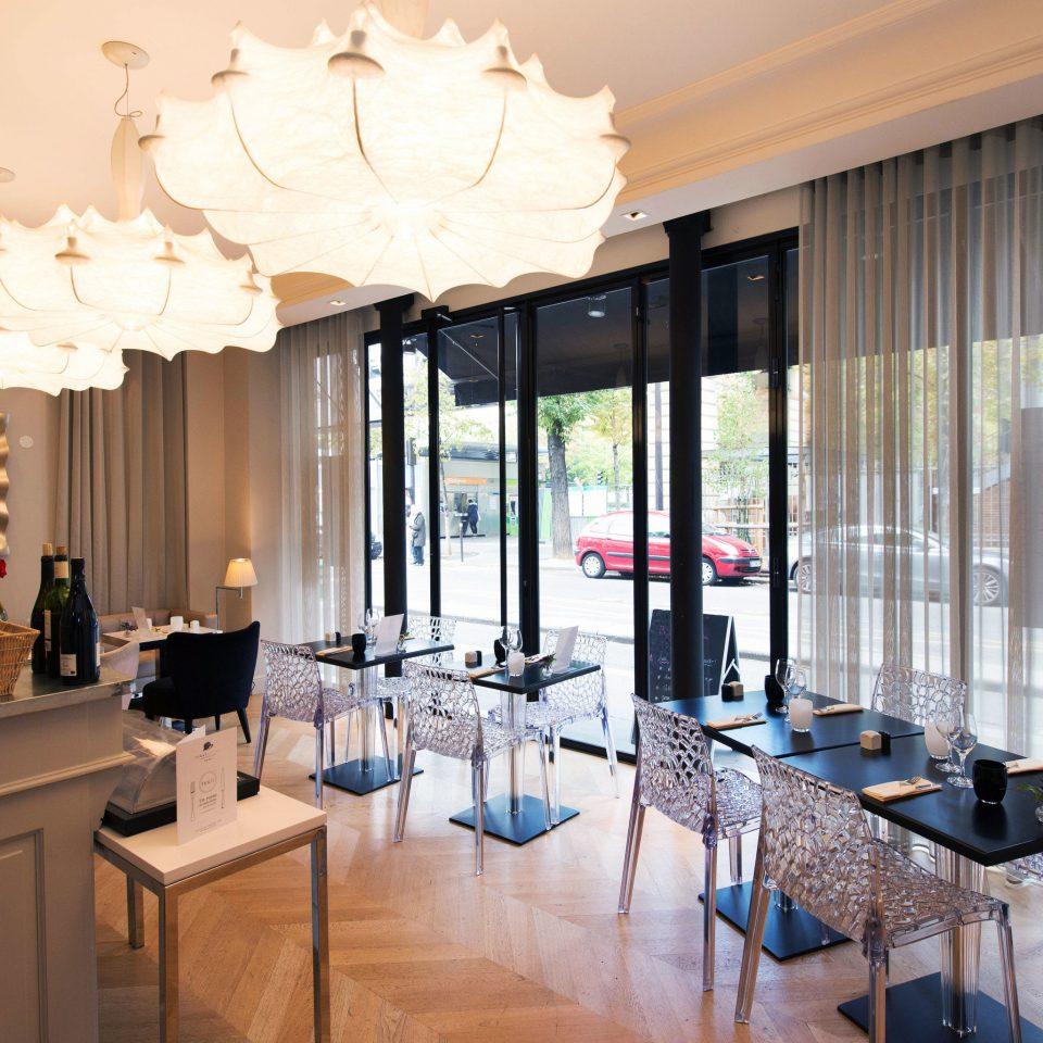 property living room home condominium Suite restaurant Villa