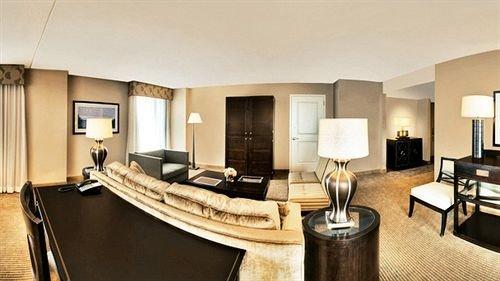 property Suite living room condominium Villa leather