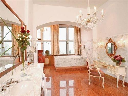 property home living room cottage mansion farmhouse Villa Suite