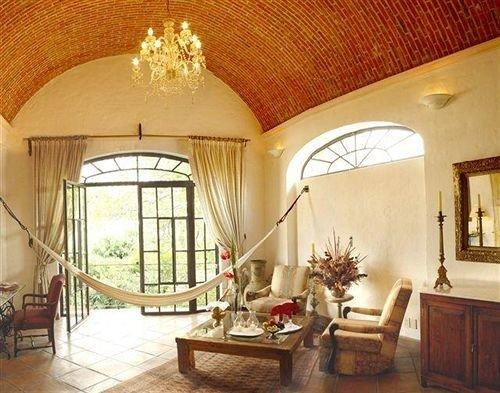 property Villa living room mansion home cottage farmhouse hacienda Suite