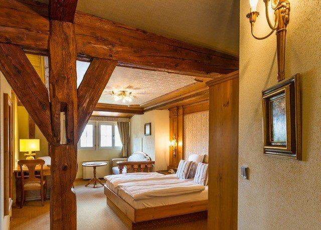 property wooden house home cottage Suite hardwood Villa farmhouse mansion living room