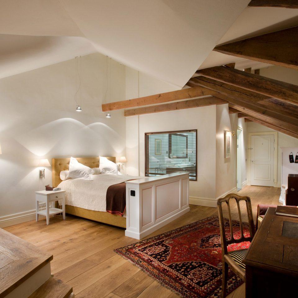 property house living room home hardwood cottage Suite Villa farmhouse mansion wood flooring