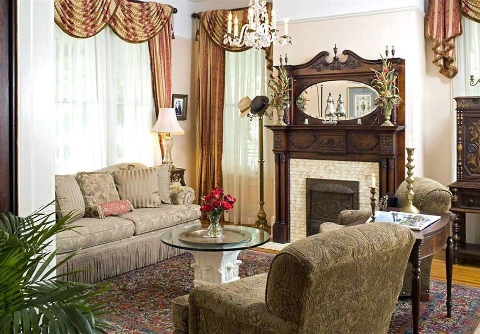 property living room home Suite cottage mansion farmhouse Villa