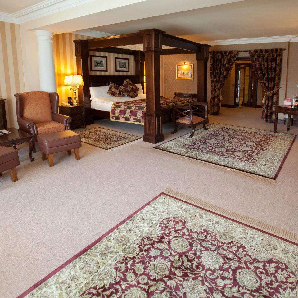 property Suite living room hardwood flooring home cottage Villa