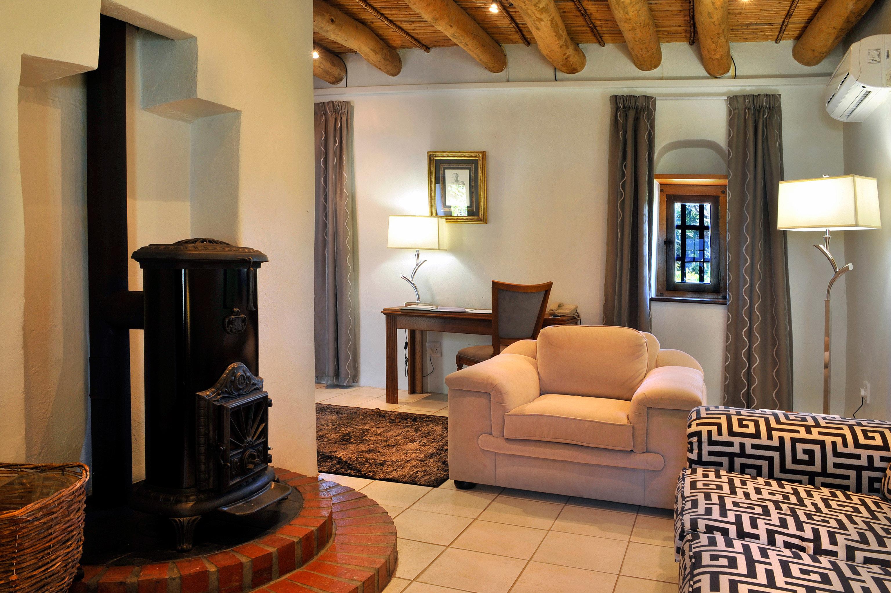 living room property home Suite hardwood cottage Villa mansion