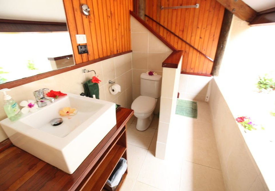 property cottage Suite home wooden Villa swimming pool