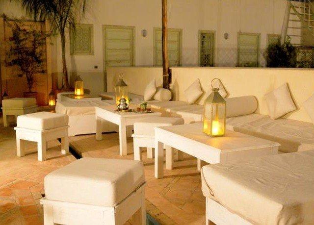 property restaurant Suite lighting Villa home living room cottage
