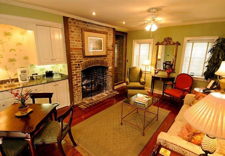 property living room Suite cottage home Villa recreation room
