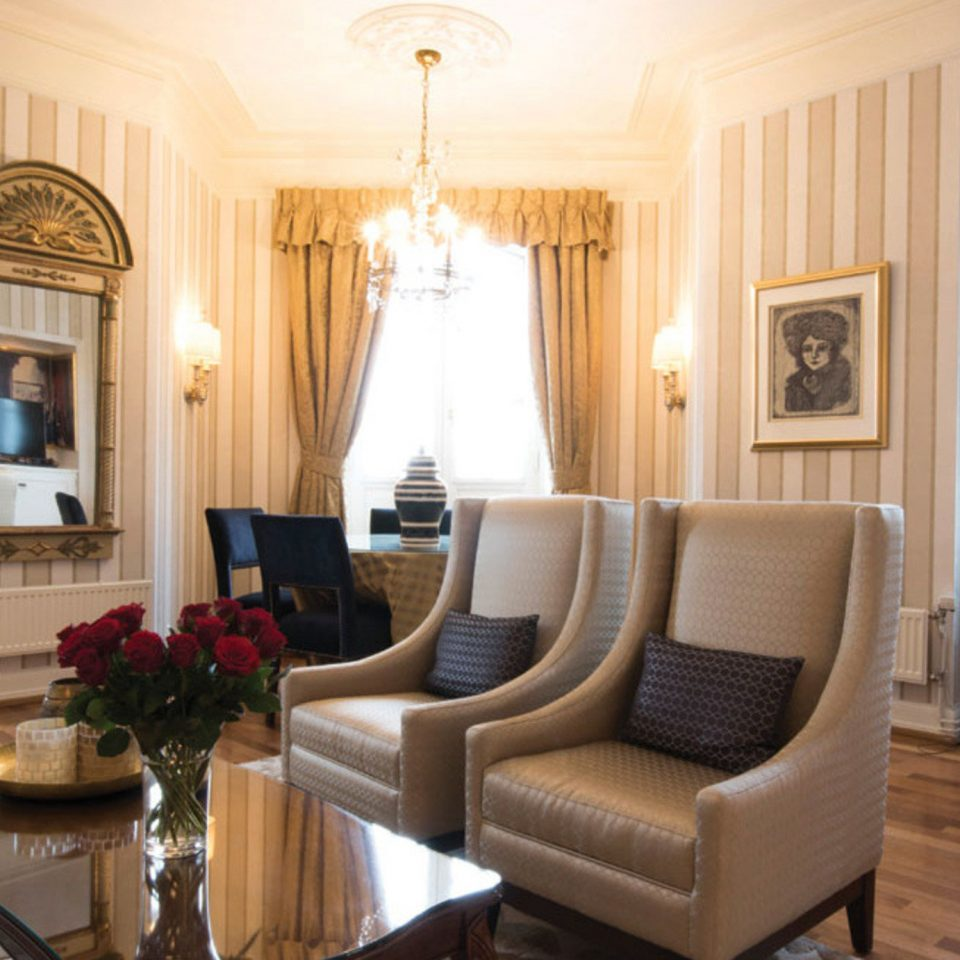 property Suite living room home mansion cottage Villa leather