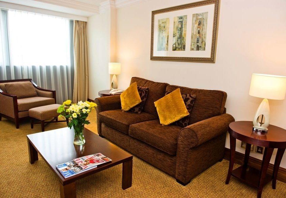 property Suite living room cottage home Villa