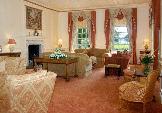 property living room Suite cottage mansion Villa