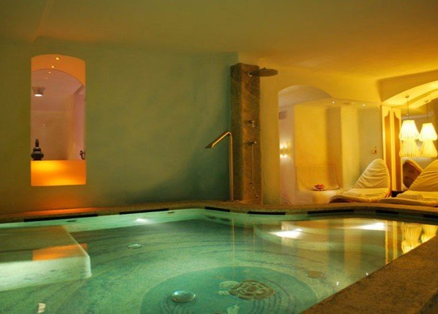 swimming pool property jacuzzi Suite Villa
