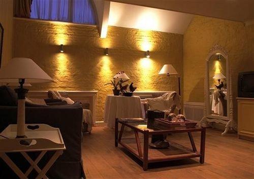 property restaurant living room Suite Villa
