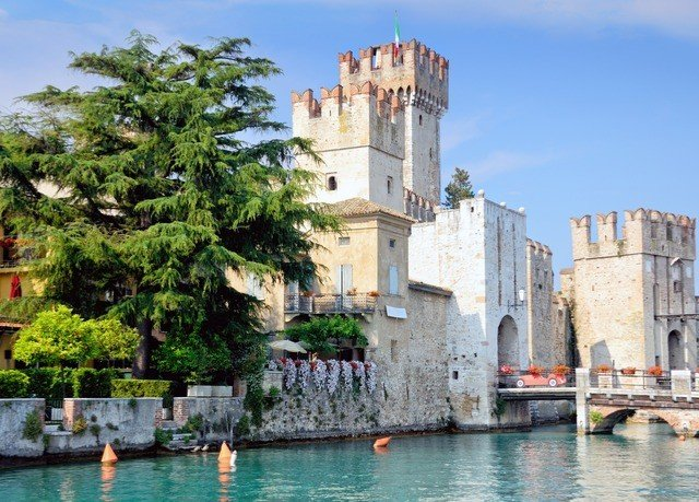 water building sky historic site Town waterway tours castle palace water castle