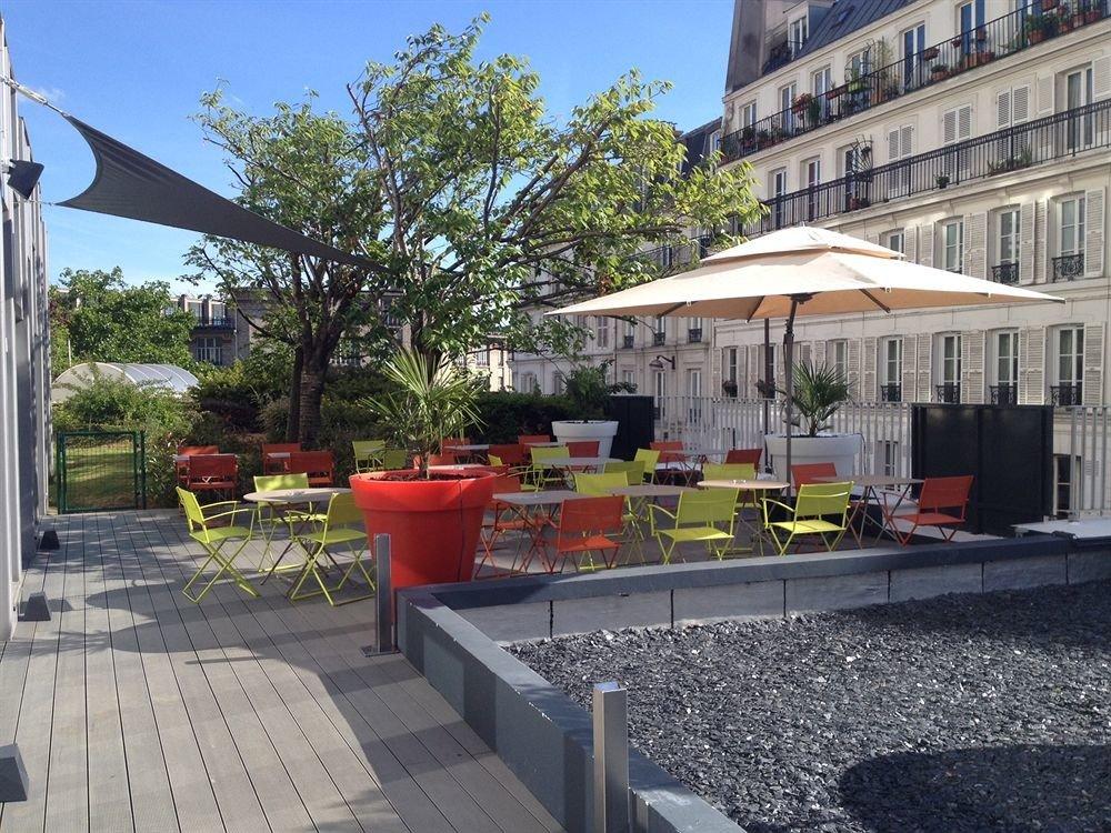 sky building ground property plaza walkway condominium outdoor structure restaurant Villa backyard cottage stone