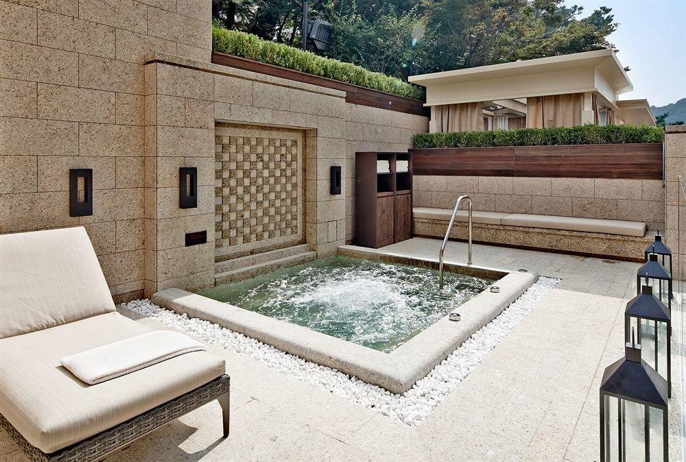 property swimming pool house home Villa cottage backyard mansion farmhouse stone