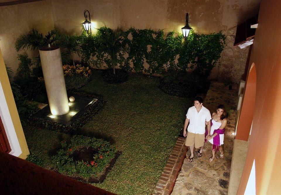 house mansion home backyard screenshot hacienda Villa