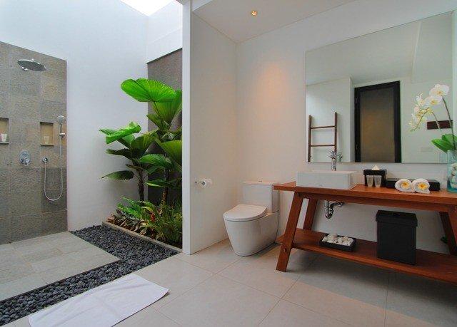 property condominium home living room bathroom Villa flooring cottage