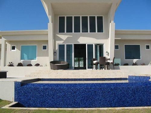 building property Villa home leisure centre swimming pool condominium
