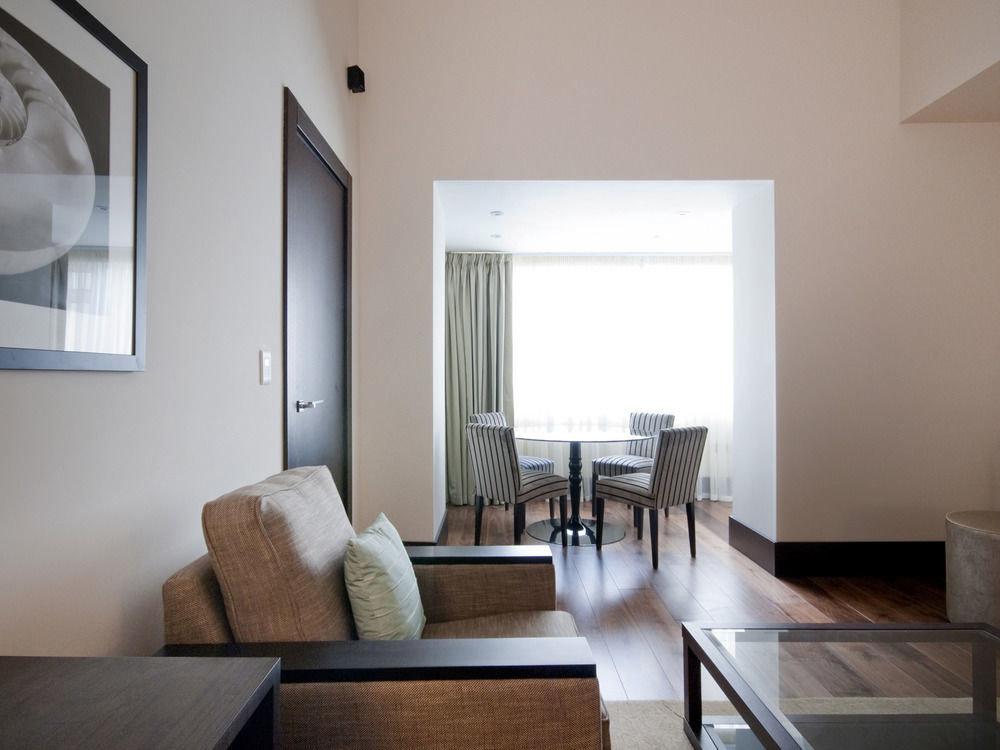 property living room house home hardwood condominium cottage loft daylighting Villa