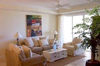 living room property condominium home cottage Villa