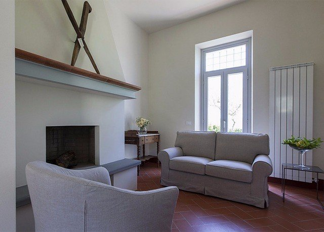property living room home house condominium cottage Villa leather