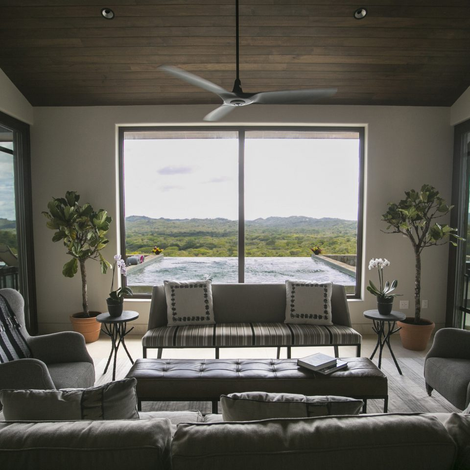 sofa property living room home house condominium daylighting Villa flat overlooking