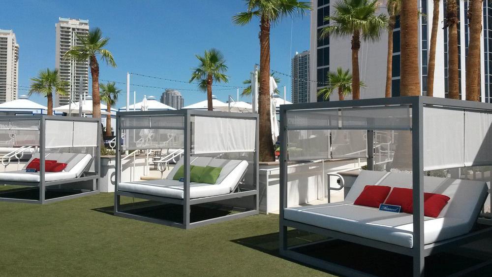 property condominium home outdoor structure swimming pool Villa