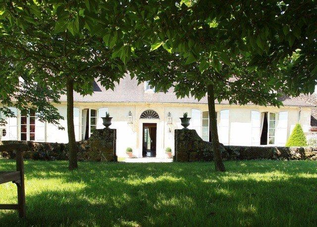 grass tree property house home hacienda cottage lawn Villa farmhouse plant lush