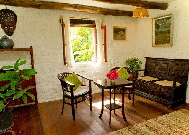 property cottage home Villa farmhouse living room hacienda hard
