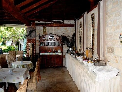 property restaurant cottage home farmhouse hacienda Villa mansion porch stone