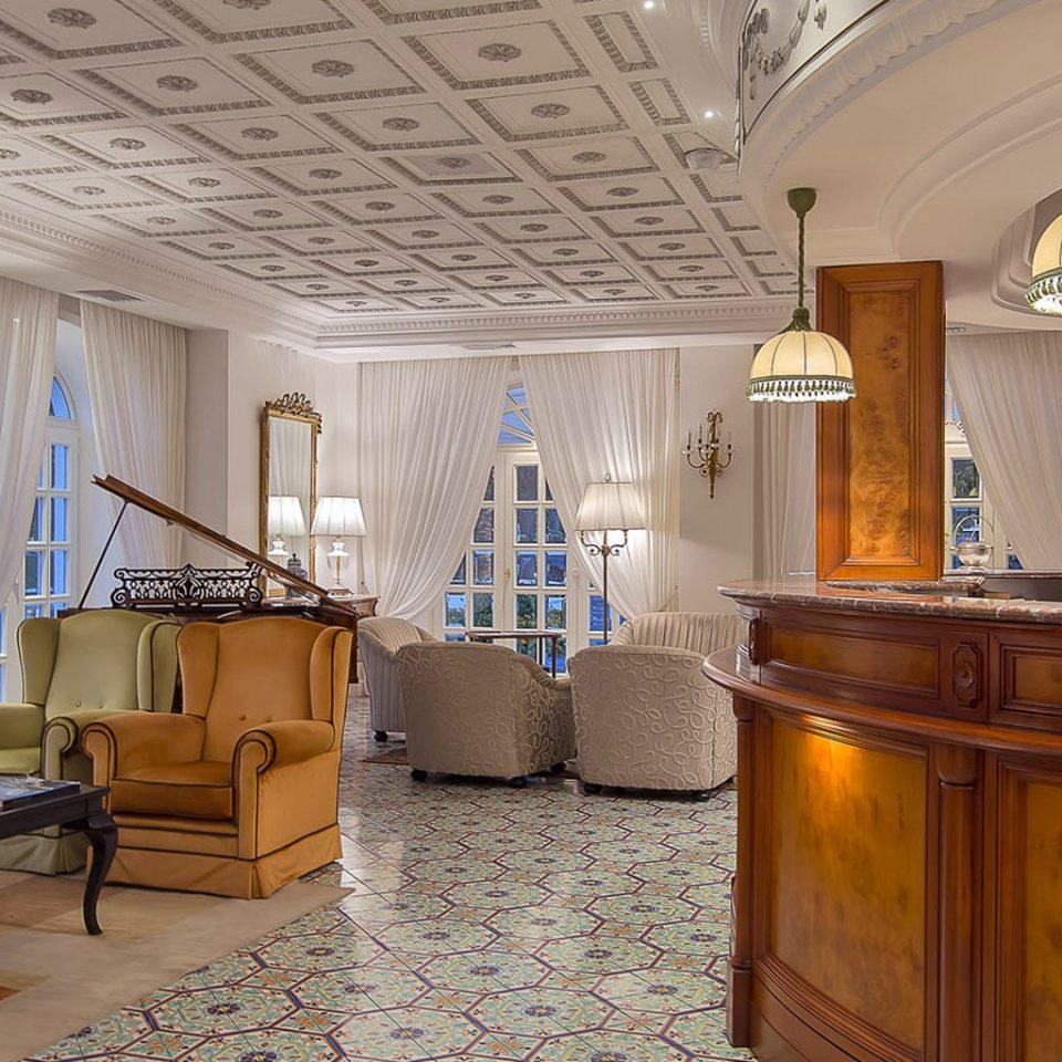 property home mansion cottage Villa living room