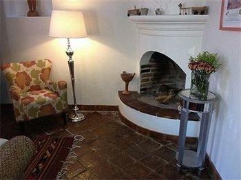 property cottage Villa living room lamp