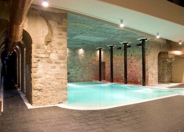 swimming pool property jacuzzi Villa hacienda mansion stone