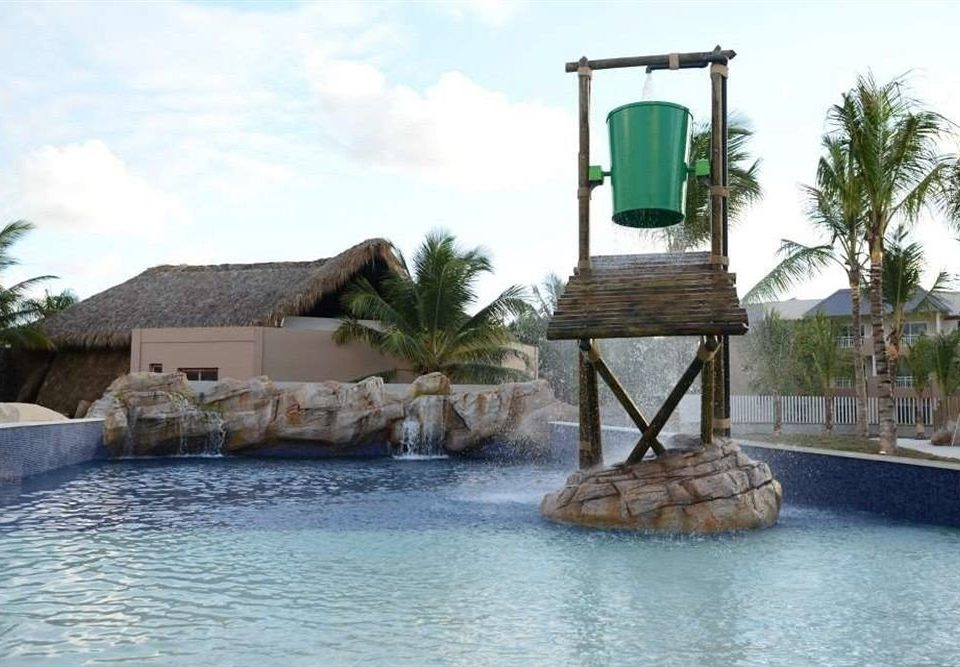 sky swimming pool house water feature tower Villa