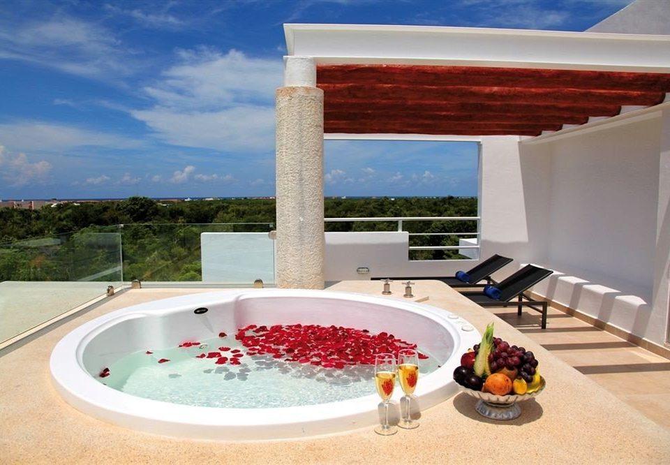 swimming pool plate property leisure Villa jacuzzi