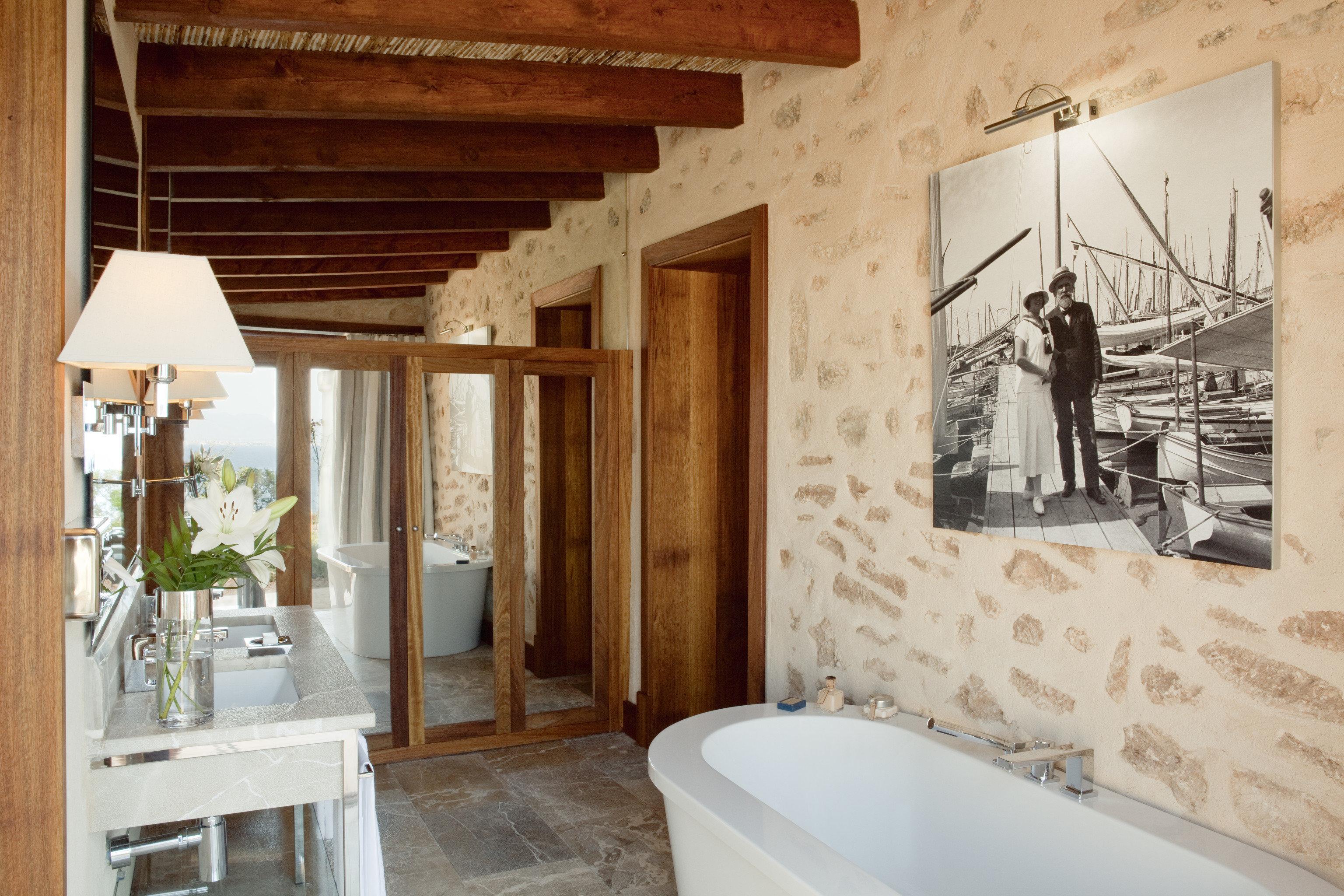 Hotels indoor bathroom room property house estate home sink cottage floor interior design Design farmhouse tub tile Bath bathtub tiled