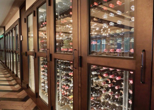retail Winery store