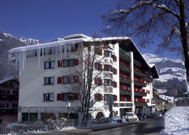 building tree snow Winter tower block vehicle apartment building