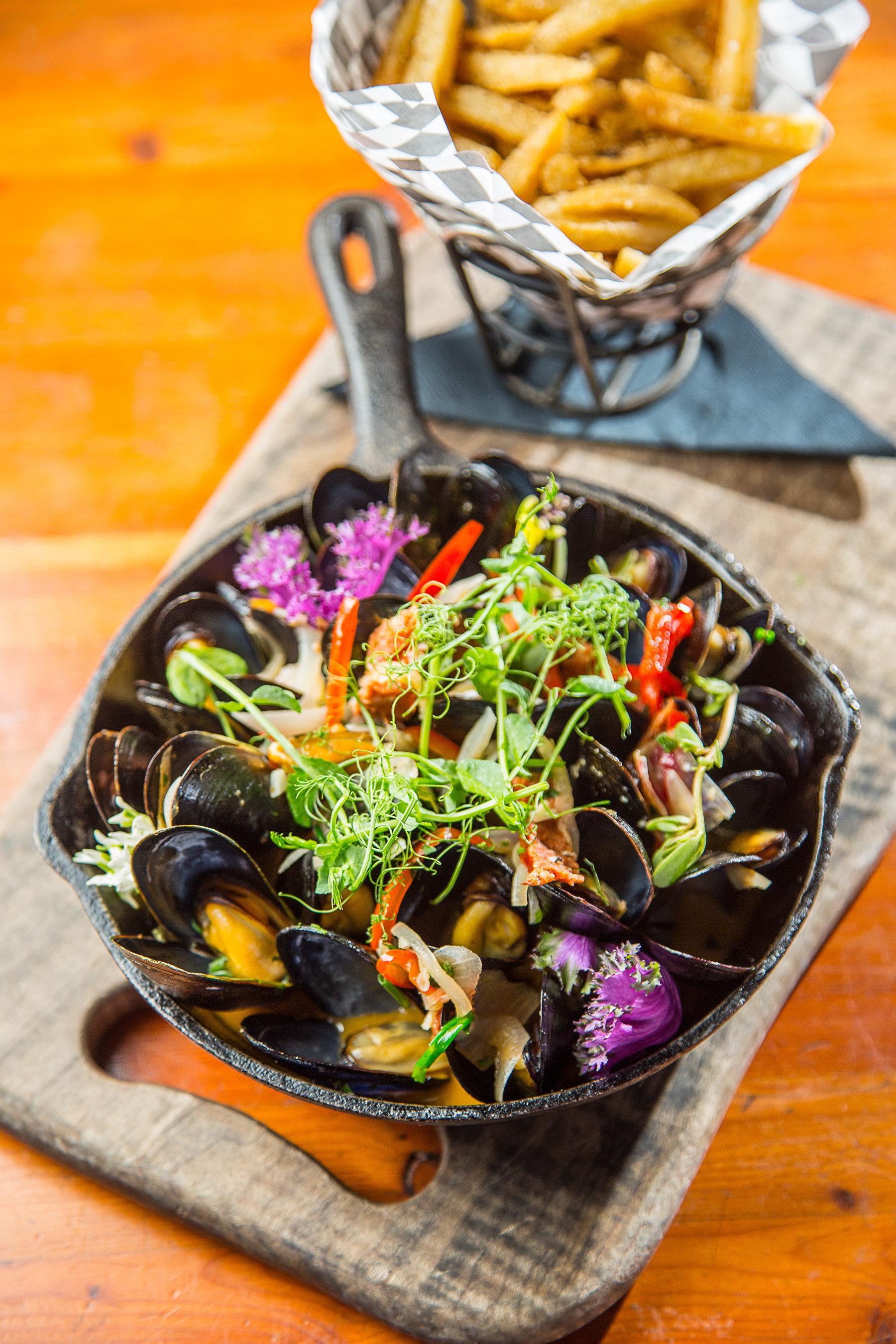 Trip Ideas Weekend Getaways Winter table food dish floor produce vegetable wooden cuisine mussel toppings meal sliced