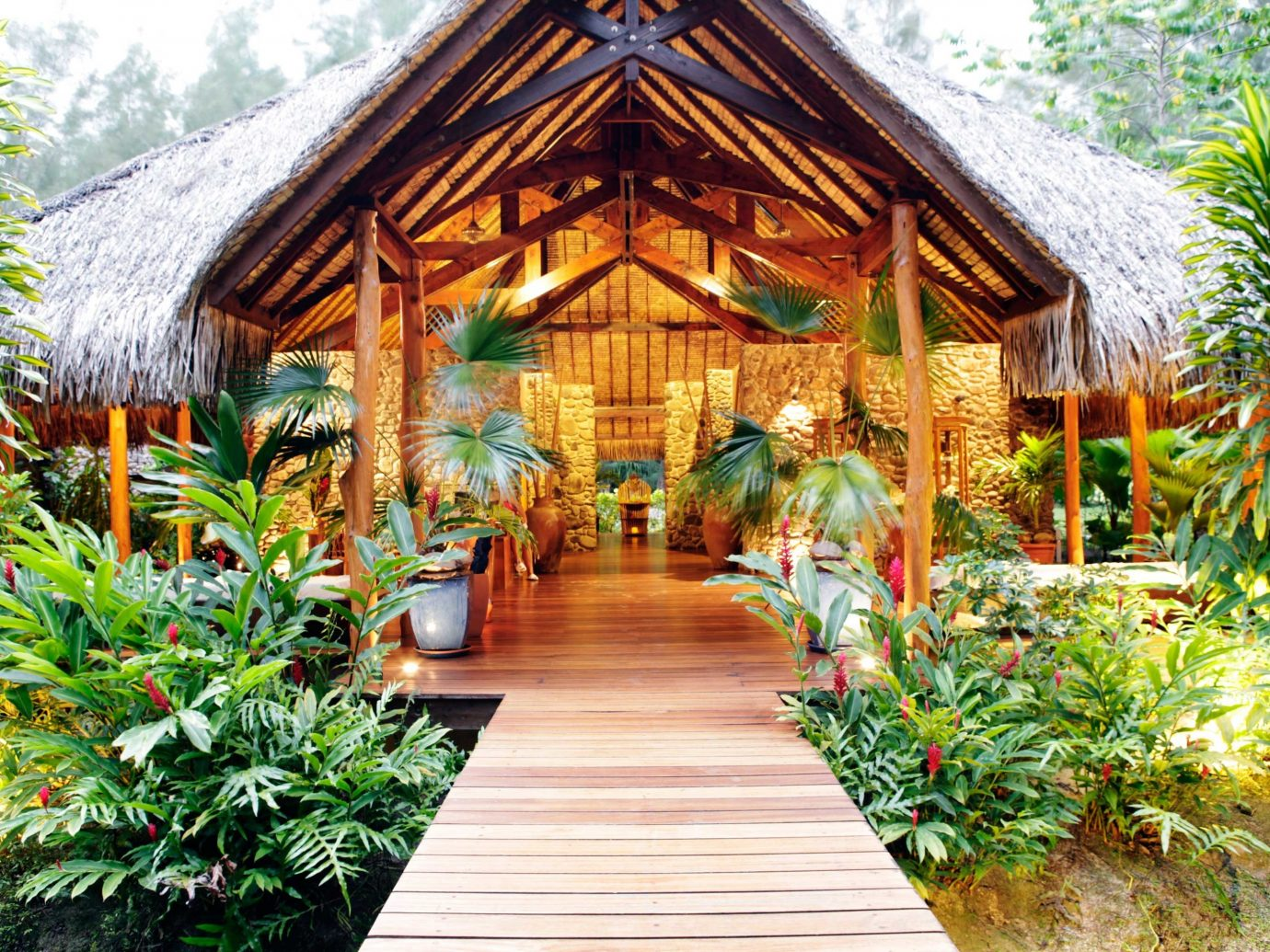 Eco Hotels Island Luxury Romance Spa Wellness tree outdoor building Resort plant Garden estate Courtyard greenhouse outdoor structure house cottage bushes