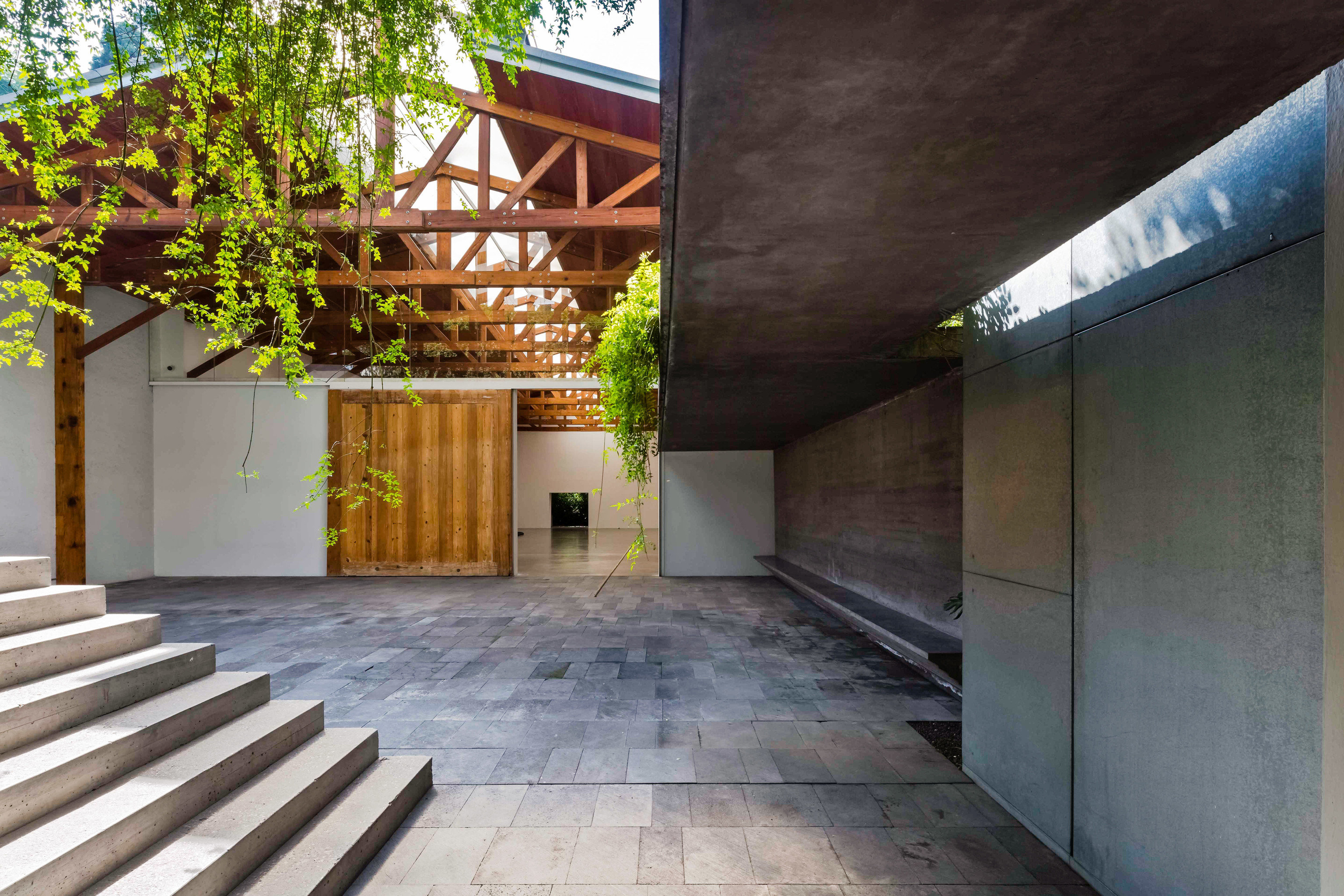 City Mexico City Trip Ideas building property outdoor house Architecture Courtyard real estate roof facade daylighting estate outdoor structure backyard stone